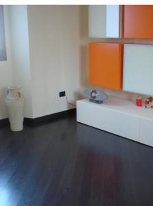 http://www.artigianaposatori.it/wp-content/uploads/photo-gallery/parquet%20laminato/thumb/pavimento-parquet-bergamo-installazione-parquet-milano-08.JPG